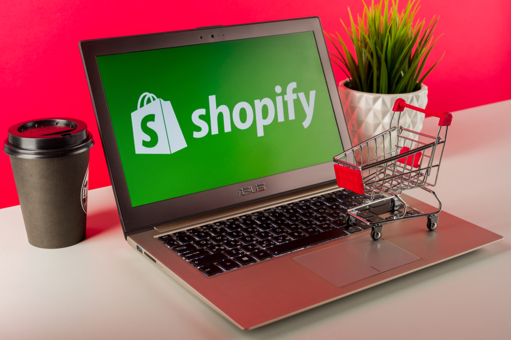 How to remove the powered by Shopify